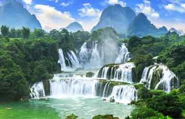 ทัวร์จีน หนานหนิง น้ำตกเต๋อเทียน โชว์เมิ่งป่าหม่า 5 วัน 4 คืน สายการบินไชน่า เซาท์เทิร์น แอร์ไลน์